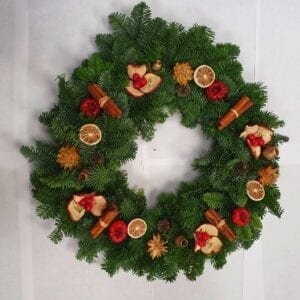 Winter Spice Wreaths